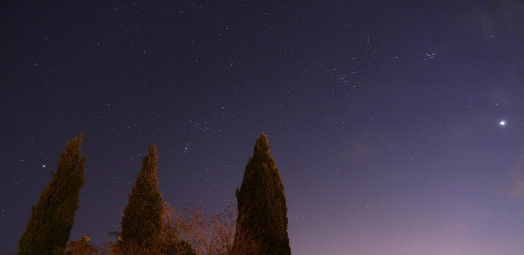 Cielo estrellado en el momento del encierro